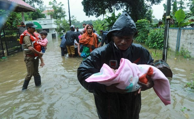 Rescue work in Kerala continued through night by all three defense forces