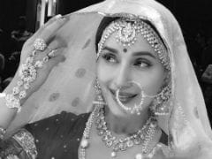 Double Take: Is This Madhuri Dixit Or Madhubala? Made You Look Twice
