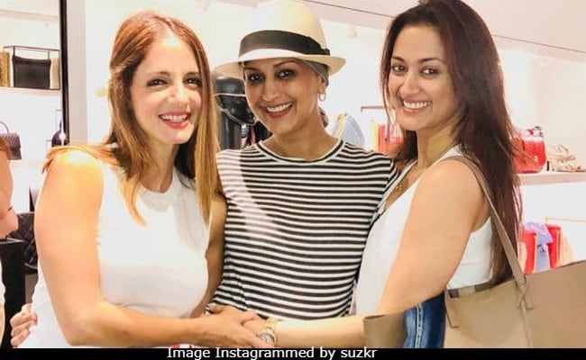 Sonali Bendre's Smile Will Brighten Up Your Day. Actress Spotted In Sussanne Khan's New Post About Friendship