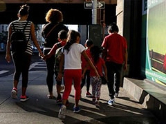 US Government Holds 565 Immigrant Children 3 Week's Past Court Deadline