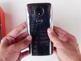 Video: मोटो ई5 प्लस की अनबॉक्सिंग और फर्स्ट लुक