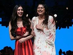 Khushi And Anshula Kapoor Look Stunning As They Come To Watch Janhvi Kapoor At Lakme Fashion Week
