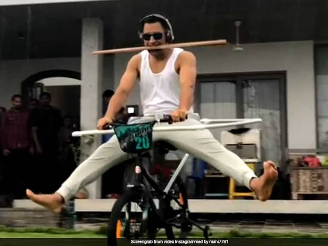 MS Dhoni Tries New Stunt, Asks Fans To Follow Suit