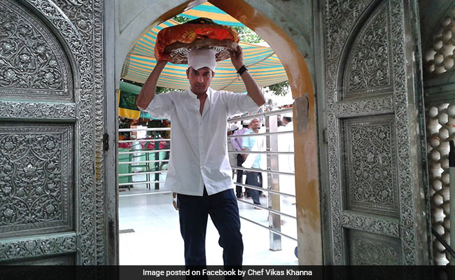 Chef Vikas Khanna Finds Muslim Family That Saved Him During Mumbai Riots