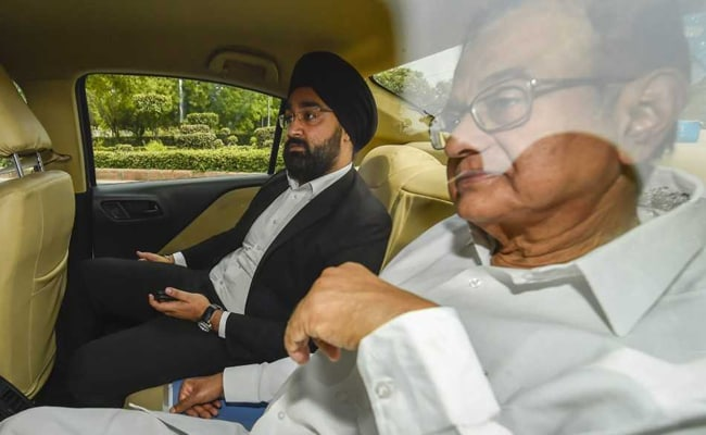 Day After 6-Hour Questioning, P Chidambaram Faces CBI In Corruption Case