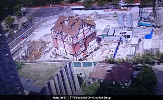 Watch: 98-Year-Old Building Moved 54 Metres, Rotated Nearly 90 Degrees In China