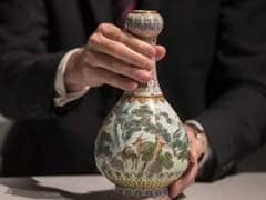 "Vase Found In Shoebox Is ""Major Work Of Art"" Worth Half A Million Dollars"