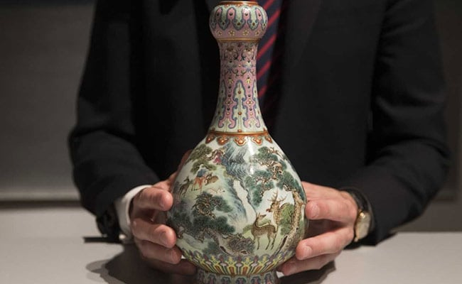 Chinese Vase Found In Attic Sells For 16.2 Million Euros