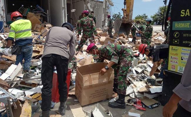 Death Toll of Indonesia's Quakes Rises to 555