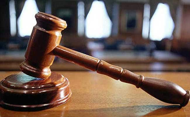 Theft Accused Allegedly Hurls Slippers At Magistrate In Thane Court