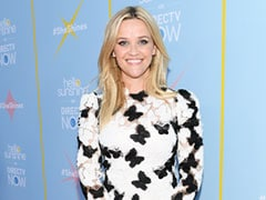Reese Witherspoon's Look Channels The First Day Of Spring