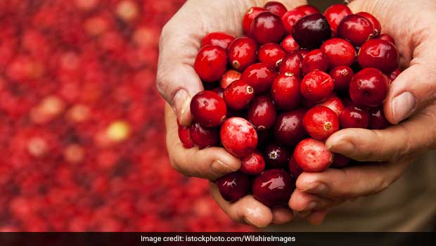 Use Cranberries For Your Skin And Hair