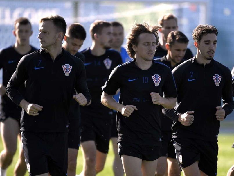 Croatia knock out hosts Russian Federation