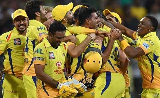 IPL 2018: खिताबी जीत के जश्न के बीच CSK के इस रिकॉर्ड पर नहीं गया किसी का ध्यान...