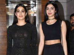 Janhvi Kapoor And Ishaan Khatter Have A <i>Dhadak</i> Party. Invitees Include Khushi