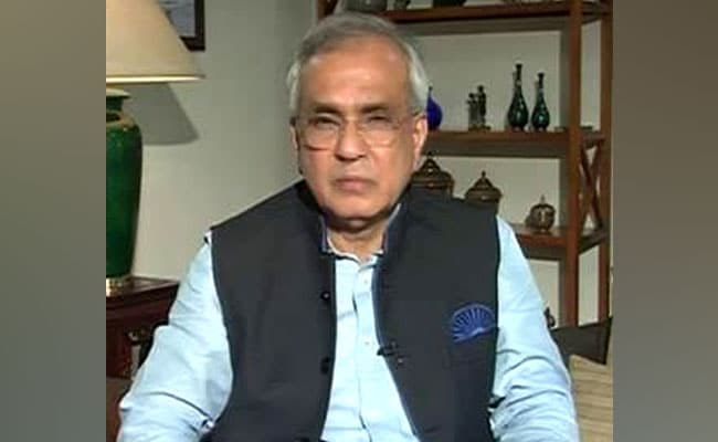 NITI Aayog's Rajiv Kumar Counters Rahul Gandhi On Farm Loan Waivers