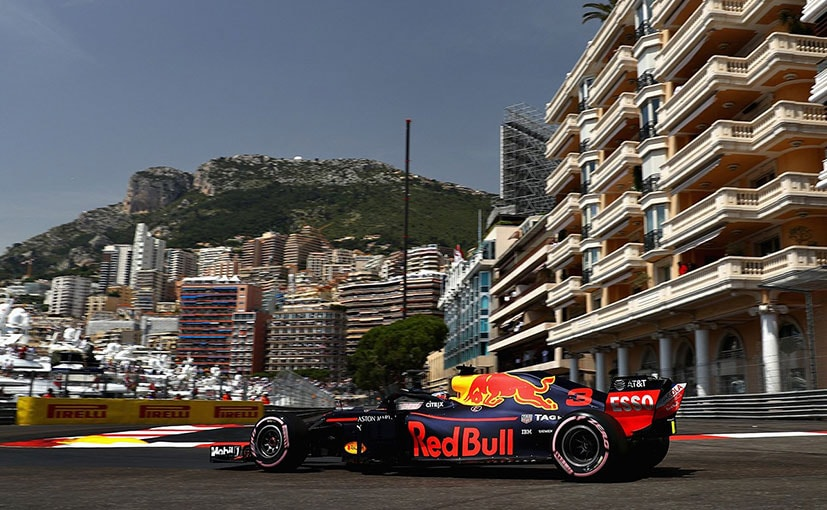 F1: Daniel Ricciardo Takes Pole At Monaco GP, Vettel & Hamilton To Start 2nd & 3rd