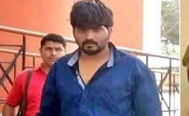 delhi   tees hazari court firing sharp shooter dinesh pathak injured