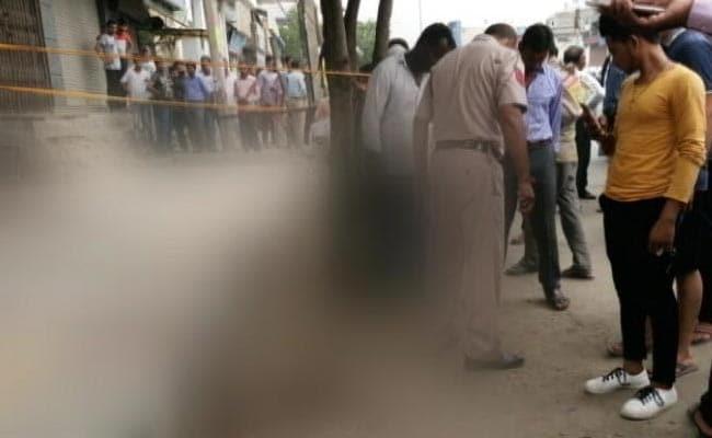 दिल्ली के बुराड़ी में गैंगवार; एक महिला सहित तीन की मौत, पांच घायल
