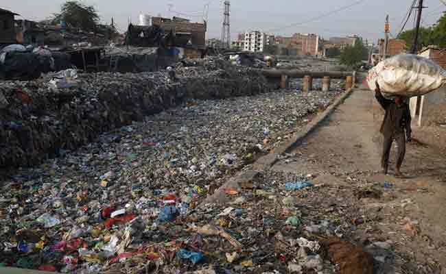 India lauded for plan to beat plastic pollution