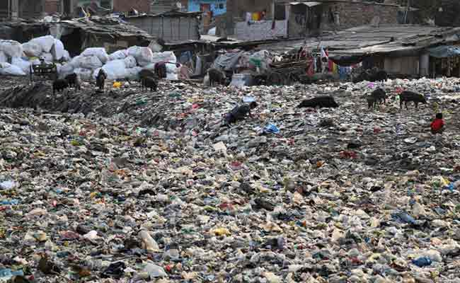 Taimur Nagar is one of many slums in Delhi and countless other cities struggling to cope with waste
