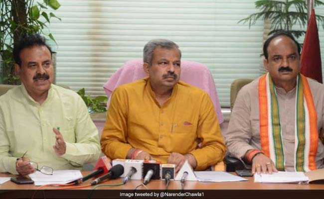 'Delhi Government Trying To Cripple Civic Bodies', Allege Mayors
