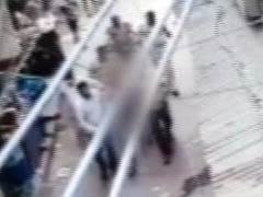 दिल्ली पुलिस का शर्मनाक चेहरा, आरोपी की नैकेड परेड कराई
