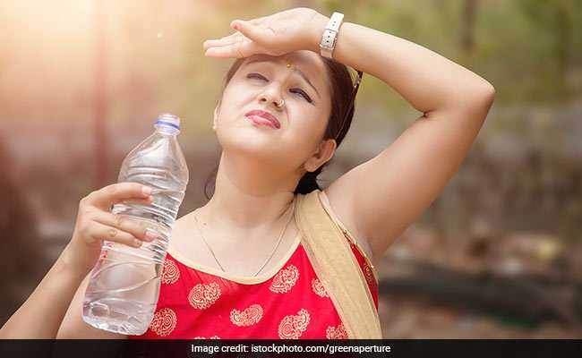 Delhi Experiences One Of The Hottest Mornings This Summer, Air Quality Worsens