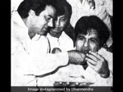 Dharmendra's Throwback Pic With Dilip Kumar Is A Ramzan Treat For Fans