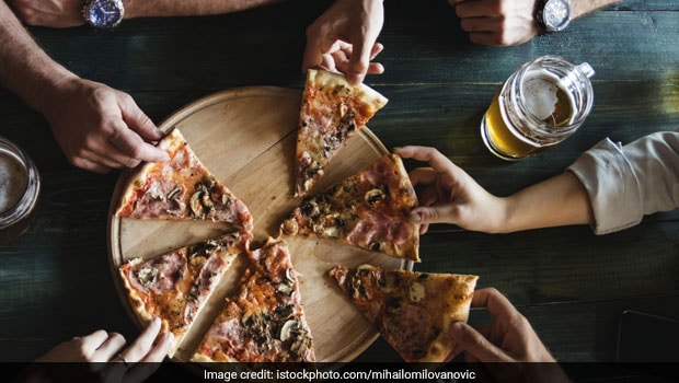 Happy Friendship Day 2019: Top Restaurant Deals In Delhi-NCR For Your Friendship Day Feast