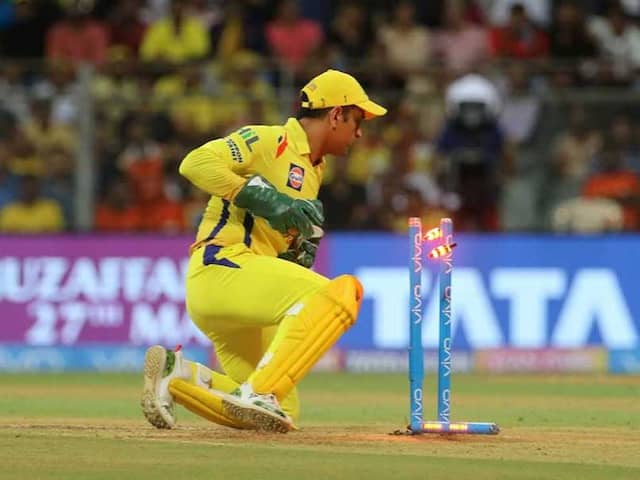 IPL 2018 Final: MS Dhoni Achieves Yet Another Milestone, Sets New Stumping Record