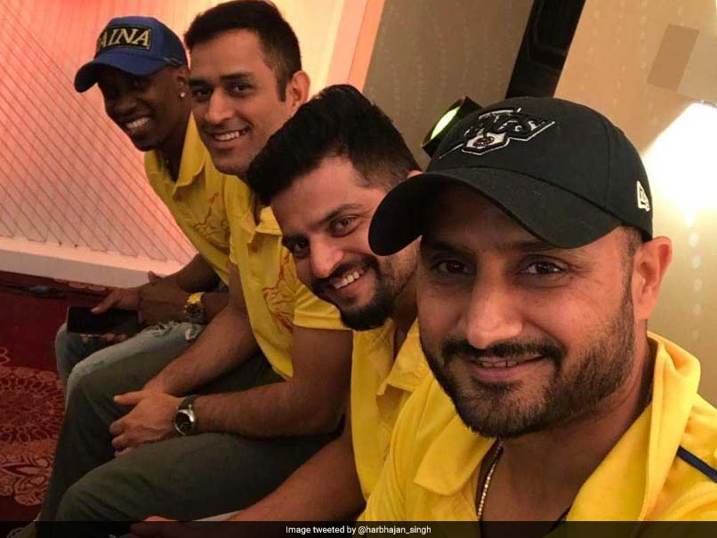 MS Dhoni, Harbhajan Singh, Suresh Raina Enjoy Dinner After Chennai Super Kings