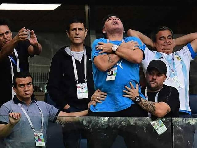 World Cup 2018: Shah Rukh Khan Was As Stressed As Diego Maradona. Heres Proof