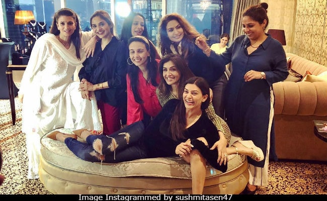 What Sushmita Sen's Evening With Her Squad Of Girlfriends Looks Like. Madhoo, Suchitra Krishnamoorthi Spotted