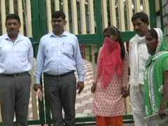 In An Emotional Reunion, Haryana Girl Meets Family After 11 Years