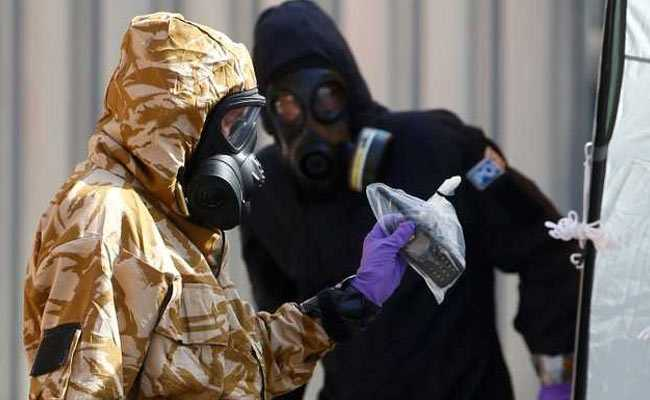 UK Chemical Weapons Inspectors To Collect New Nerve Agent Samples