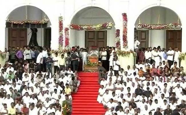 As Thousands Pay Homage To Karunanidhi, Court Hearing On Burial Site