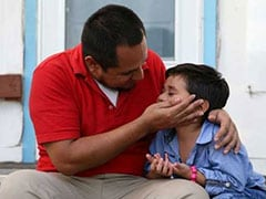 US Immigration Crisis: Father, 4-Year-Old Son Reunited After 6 Weeks