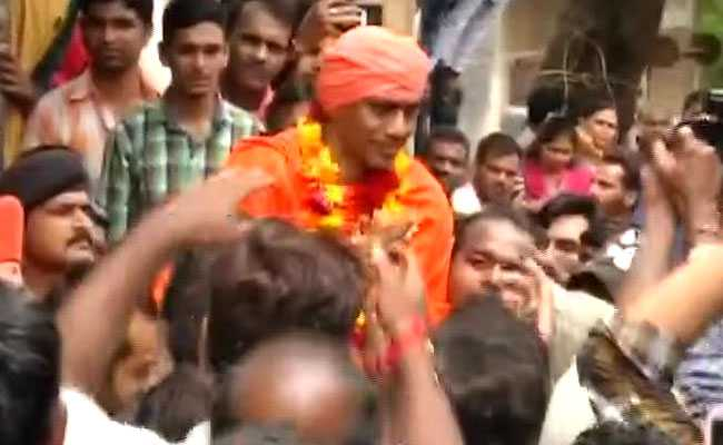 Ajmer Blast Convict, Out On Bail, Gets Hero's Welcome In Gujarat Hometown