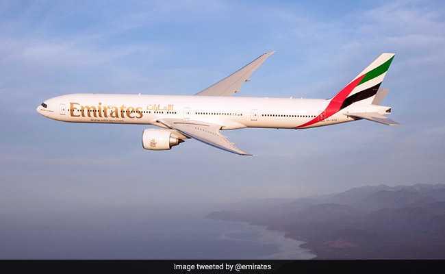 Emirates कोरोना के बढ़ते मामलों की वजह से दुबई से भारत की उड़ानें 10 दिन के लिए स्थगित करेगी : न्यूज एजेंसी ANI