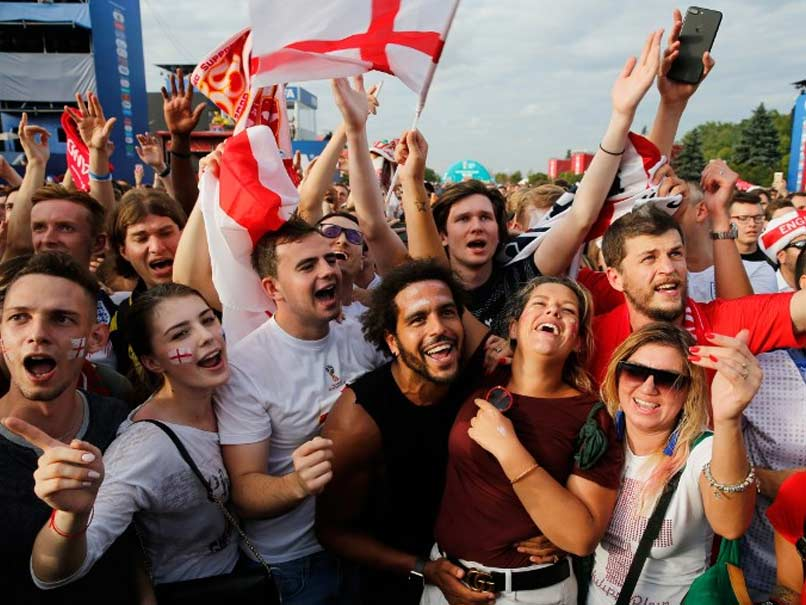 World Cup 2018 Beers And Cheers As England Fans Go Wild Over Win