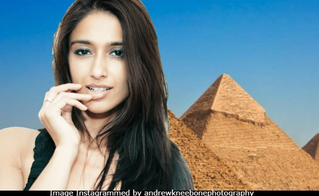 Ileana D'Cruz And Andrew Kneebone, Around The World In 9 Pics. It's Funny As Heck
