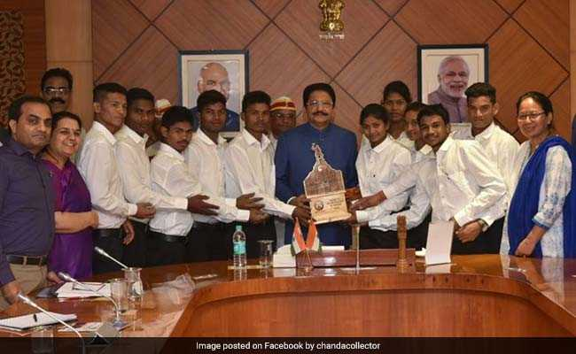 Four Tribal Students From Maharashtra Scale Mount Everest