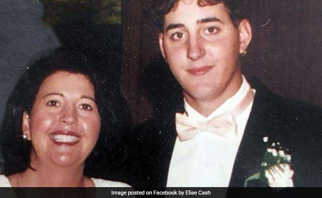 She Gave Up Finding Her Schizophrenic Son. Until An Unknown Number Called