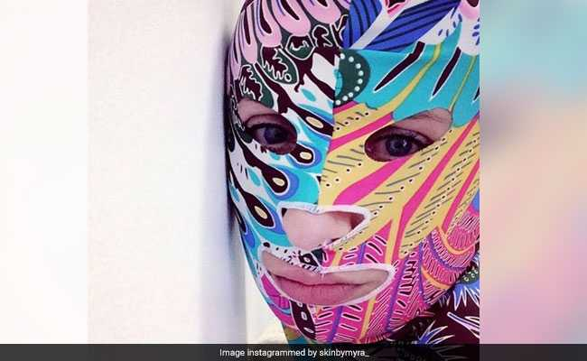 As Summers Set In, 'Facekinis' Return On Chinese Beaches