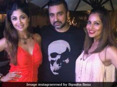 Glimpses Of Bipasha Basu And Shilpa Shetty's <i>Bang Bang!</i> Party Life In Goa