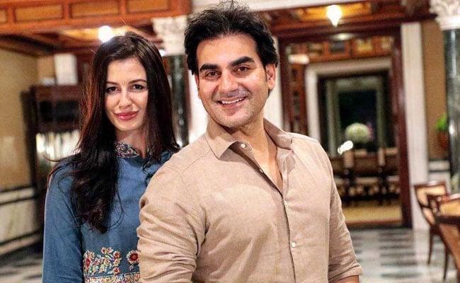 अरबाज खान की जिंदगी में इस हसीना ने मारी एंट्री, खुशी से फूले नहीं समा रहे...देखें Video