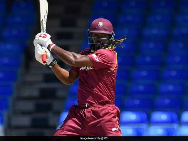 Chris Gayle Equals Shahid Afridis Record of Most Sixes