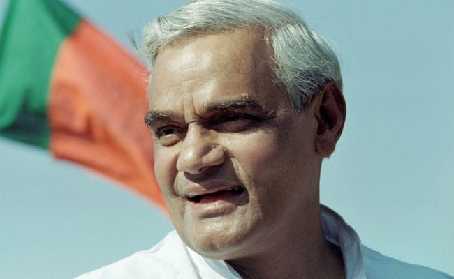 'Called Atal Bihari Vajpayee Dada. Feel I've Lost My Father Again': Lata Mangeshkar Mourns Former PM