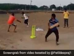 महेंद्र सिंह धोनी से भी तेज़ निकला यह विकेटकीपर, देखें, किस 'शातिर' तरीके से बल्लेबाज़ को किया आउट